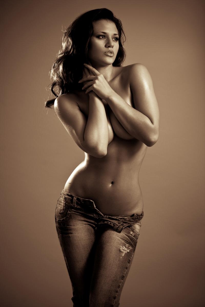 Сексапильные модели оголили идеальные тела  146671
